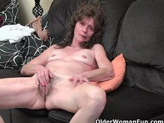 Haarige Oma Masturbiert - Videos Different Porn